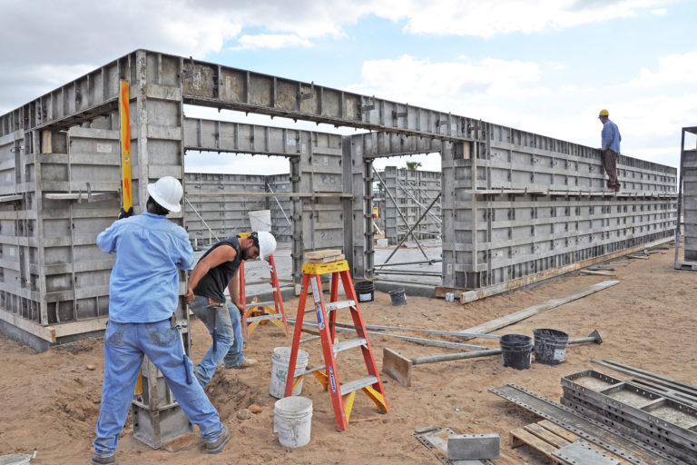 How-to Micro Rebar - ICF Builders' Guide to Innovative Concrete Reinforcement - Helix Steel - Feature Image
